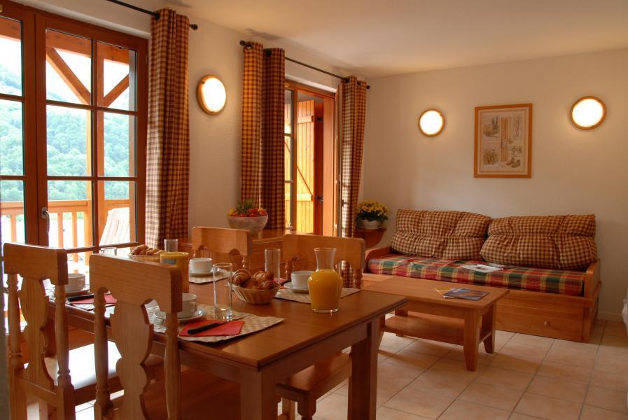 Urlaub in den Bergen Résidence les Chalets d'Estive - Cauterets - Essbereich