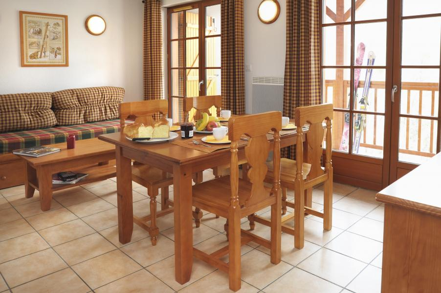 Urlaub in den Bergen Résidence les Chalets d'Estive - Cauterets - Wohnzimmer