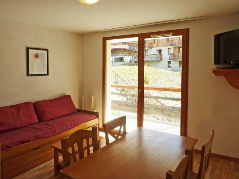 Holiday in mountain resort 2 room apartment 4 people (809) - Résidence les Chalets de Bois Méan - Les Orres - Sofa-bed