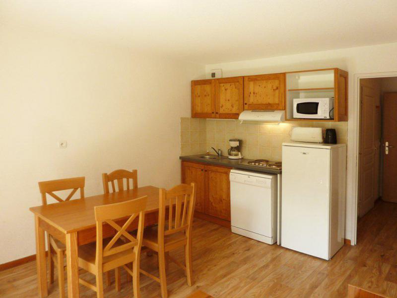 Holiday in mountain resort 2 room apartment 4 people (809) - Résidence les Chalets de Bois Méan - Les Orres - Table
