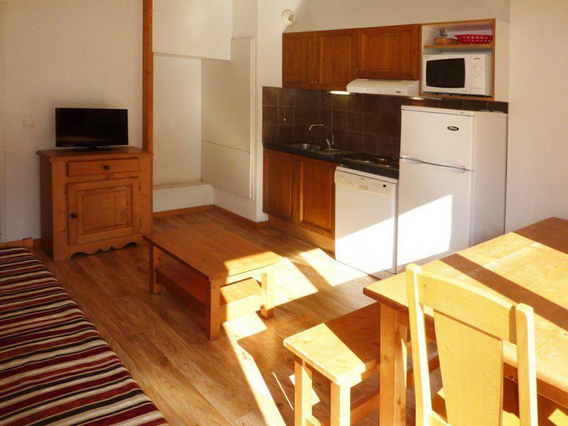 Holiday in mountain resort 3 room apartment sleeping corner 8 people (808) - Résidence les Chalets de Bois Méan - Les Orres - Kitchen