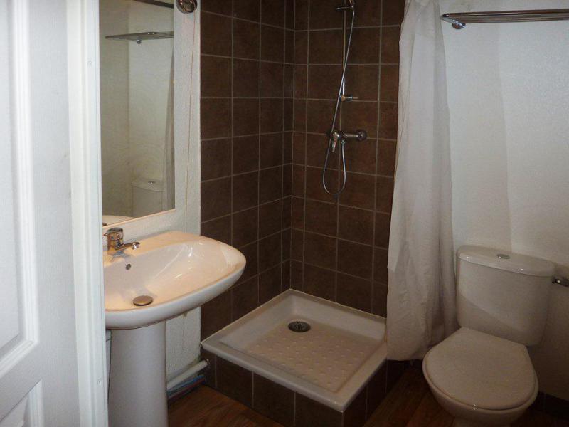 Holiday in mountain resort 3 room apartment sleeping corner 8 people (808) - Résidence les Chalets de Bois Méan - Les Orres - Shower room