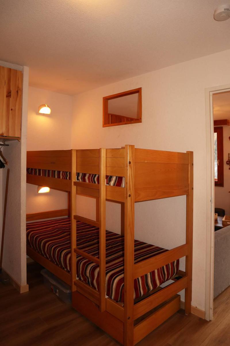 Holiday in mountain resort 3 room duplex apartment sleeping corner 10 people (803) - Résidence les Chalets de Bois Méan - Les Orres - Chair