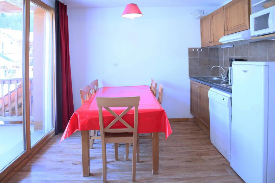 Holiday in mountain resort 3 room duplex apartment sleeping corner 8 people (801) - Résidence les Chalets de Bois Méan - Les Orres - Kitchenette
