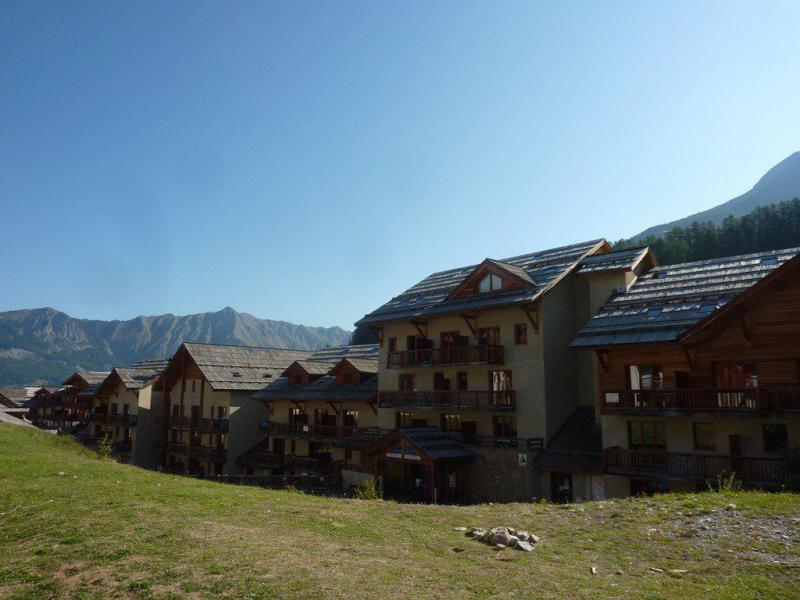 Wakacje w górach Apartament 3 pokojowy z alkową 8 osób (808) - Résidence les Chalets de Bois Méan - Les Orres - Na zewnątrz latem