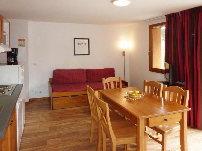 Wakacje w górach Apartament 2 pokojowy z alkową 6 osób (804) - Résidence les Chalets de Bois Méan - Les Orres - Pokój gościnny