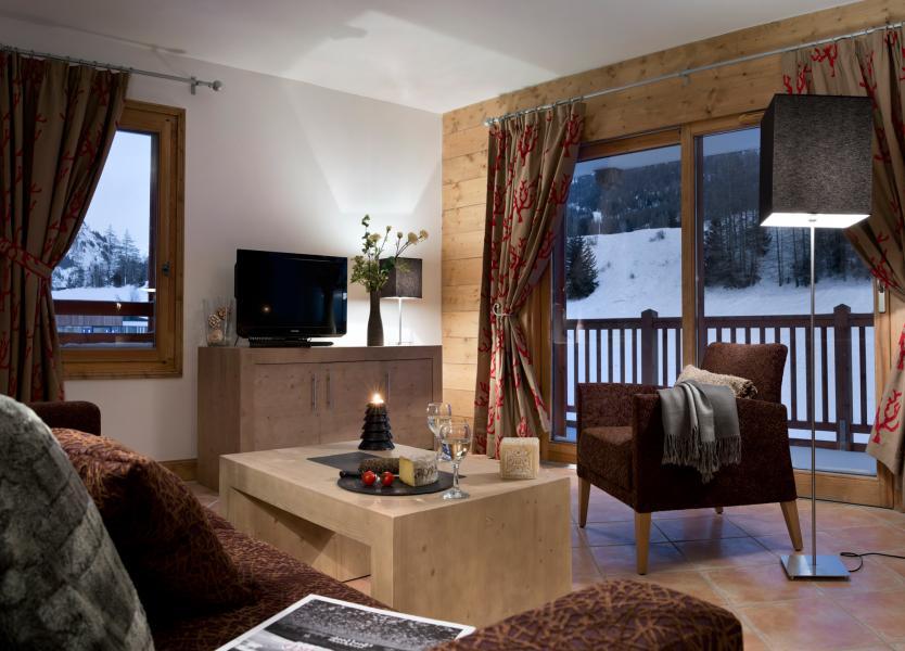 Vakantie in de bergen Résidence les Chalets de Flambeau - Val Cenis - Woonkamer