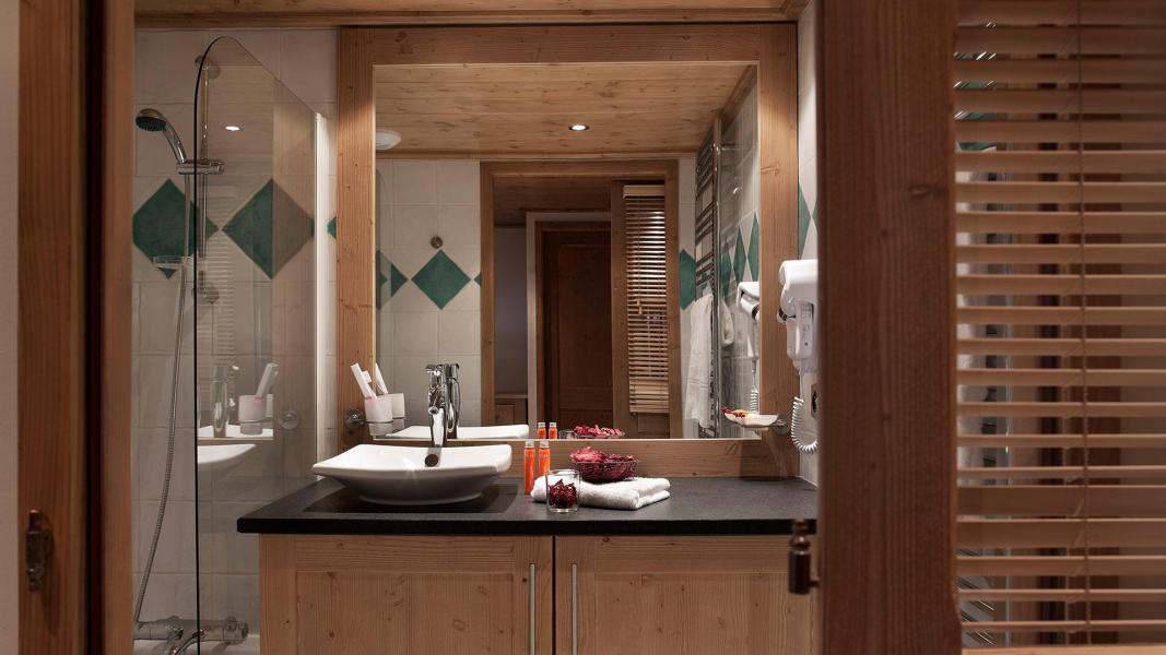 Vacances en montagne Résidence les Chalets de Jouvence - Les Carroz - Salle de bains