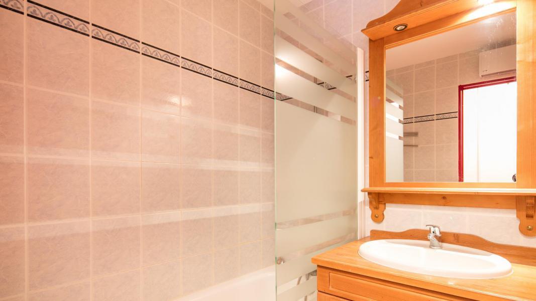 Urlaub in den Bergen Résidence les Chalets de la Ramoure - Valfréjus - Badezimmer
