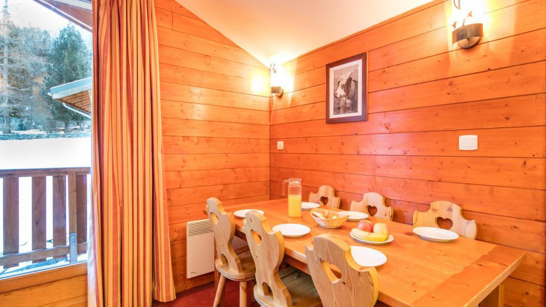 Urlaub in den Bergen Résidence les Chalets de la Ramoure - Valfréjus - Esszimmer