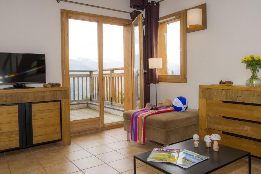 Urlaub in den Bergen Résidence les Chalets de Wengen - Montchavin La Plagne - Couchtisch