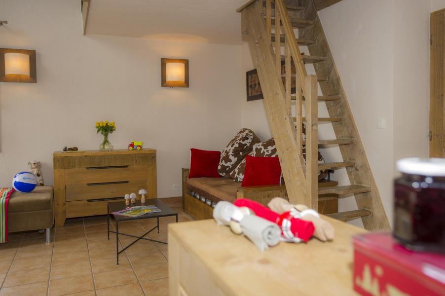 Vacances en montagne Résidence les Chalets de Wengen - Montchavin La Plagne - Escalier