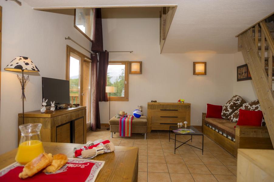 Urlaub in den Bergen Résidence les Chalets de Wengen - Montchavin La Plagne - Kleines Wohnzimmer