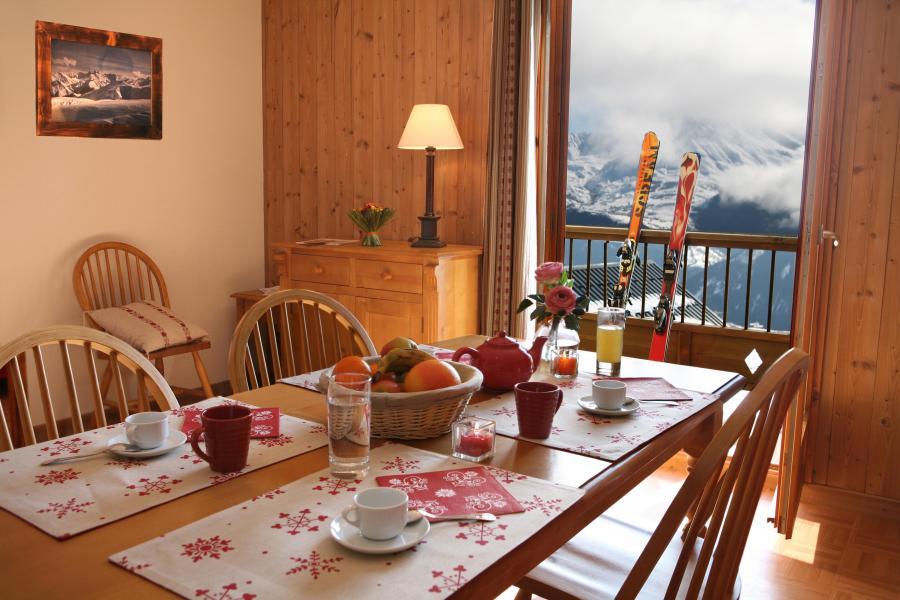Urlaub in den Bergen Résidence les Chalets des Cimes - La Toussuire - Esszimmer