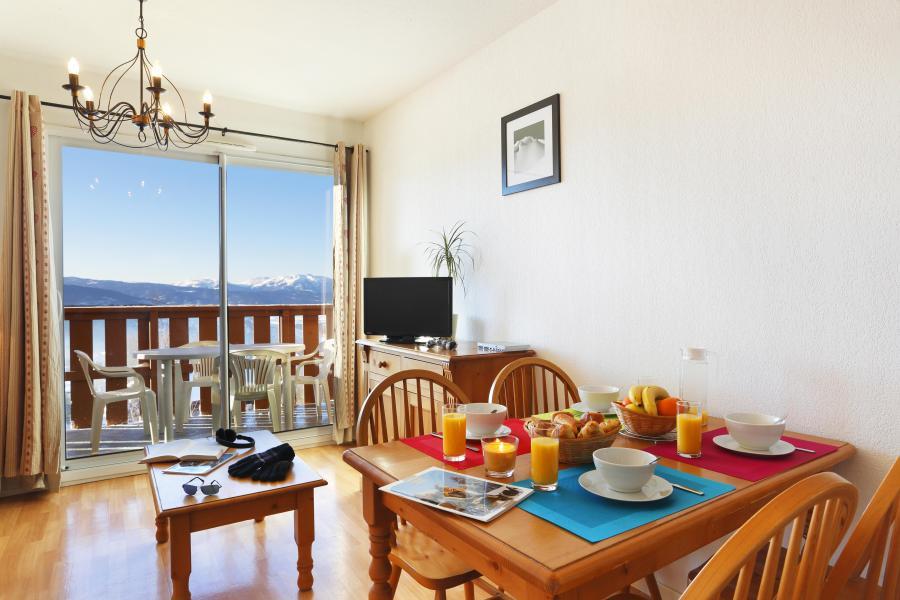 Holiday in mountain resort Résidence les Chalets du Belvédère - Font Romeu - Dining area