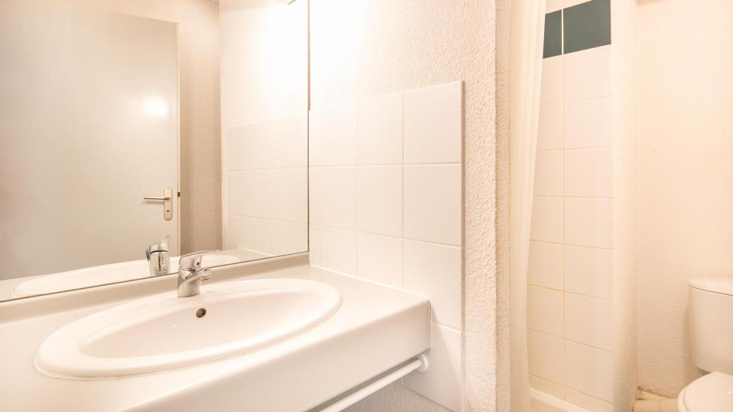 Holiday in mountain resort Résidence les Chalets et Balcons de la Vanoise - La Norma - Bathroom