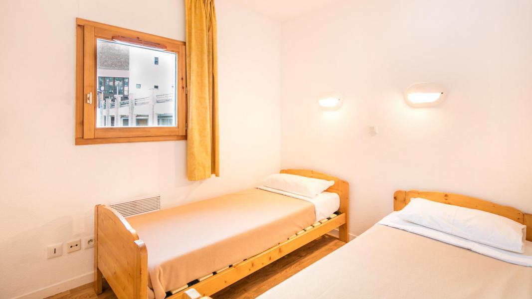 Holiday in mountain resort Résidence les Chalets et Balcons de la Vanoise - La Norma - Twin beds