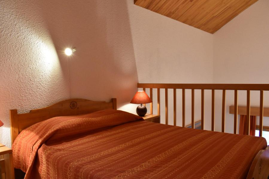 Holiday in mountain resort 3 room duplex apartment 8 people (L23) - Résidence les Chandonnelles I - Méribel