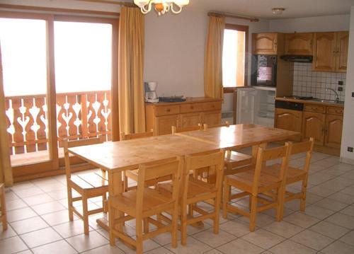 Vacances en montagne Appartement 3 pièces 6 personnes (3) - Résidence les Coronilles - Saint Martin de Belleville - Coin repas