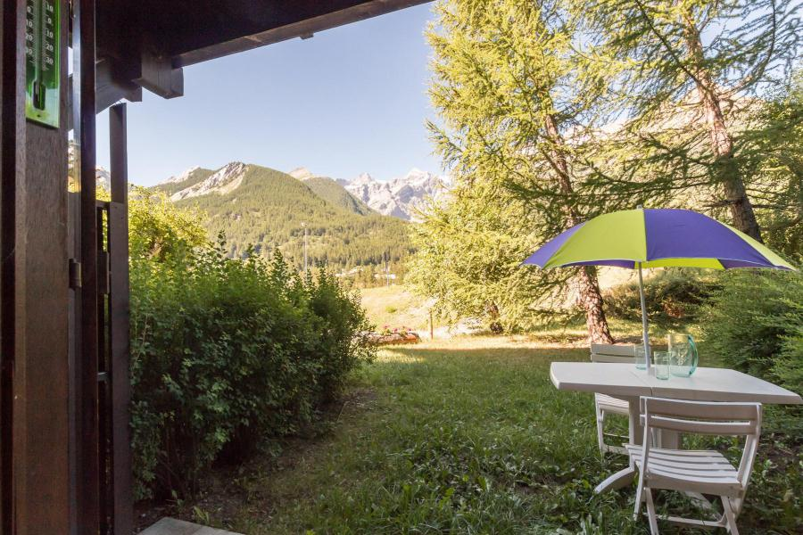 Vacances en montagne Studio cabine 4 personnes (A104) - Résidence les Crêtes - Serre Chevalier - Extérieur été