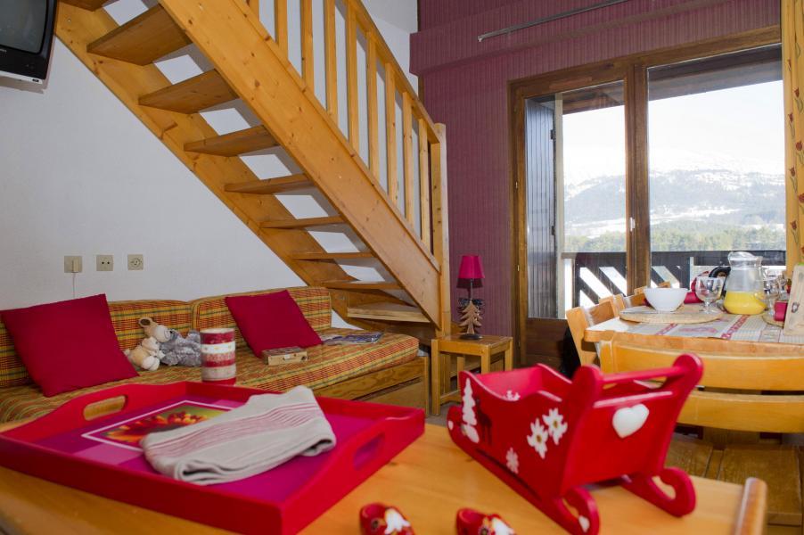 Vacances en montagne Résidence les Dolomites - Gresse en Vercors - Escalier