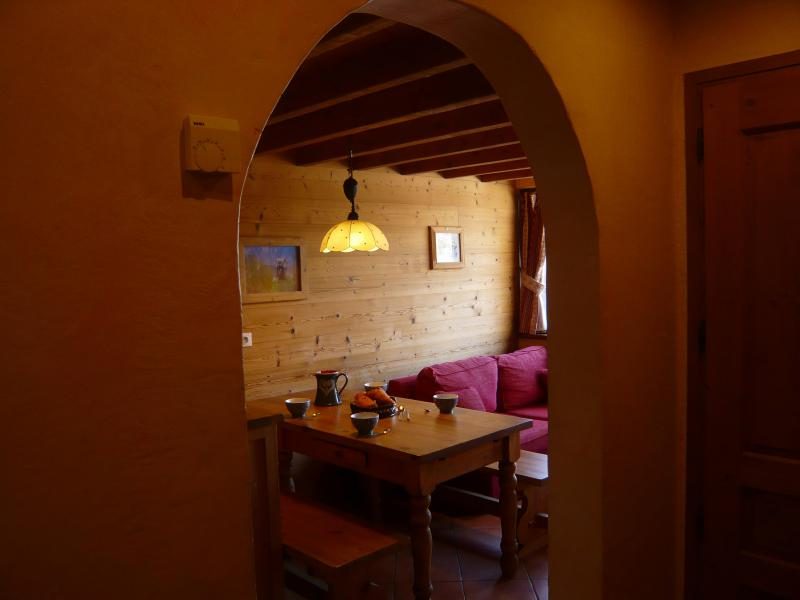 Holiday in mountain resort 3 room apartment 5 people - Résidence les Edelweiss - Champagny-en-Vanoise - Table