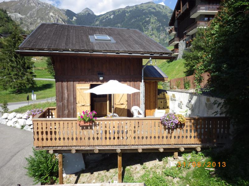 Rent in ski resort 3 room chalet 7 people - Résidence les Edelweiss - Champagny-en-Vanoise - Summer outside