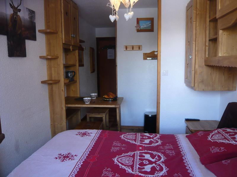 Holiday in mountain resort Studio 2 people - Résidence les Edelweiss - Champagny-en-Vanoise - Double bed