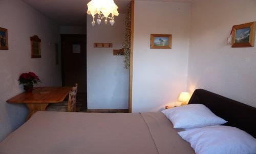 Vacances en montagne Studio 2 personnes - Résidence les Edelweiss - Champagny-en-Vanoise - Couchage