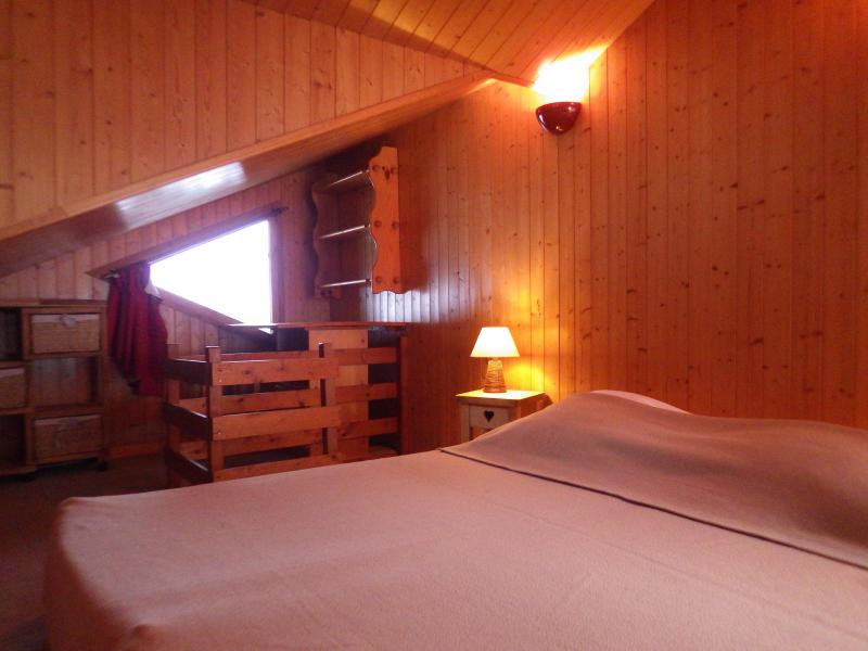 Holiday in mountain resort Studio mezzanine 4 people - Résidence les Edelweiss - Champagny-en-Vanoise - Bedroom