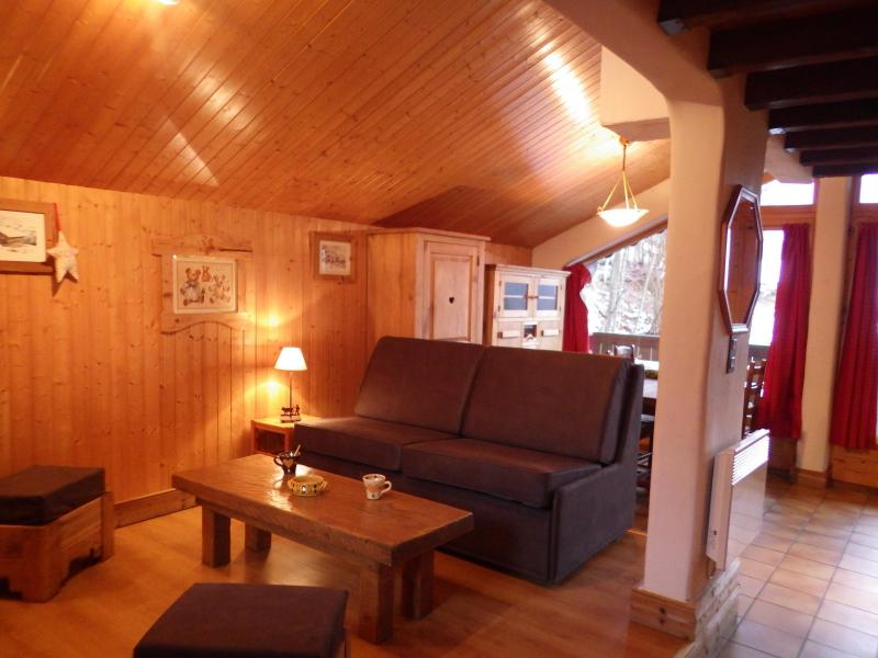 Holiday in mountain resort Studio mezzanine 4 people - Résidence les Edelweiss - Champagny-en-Vanoise - Living room