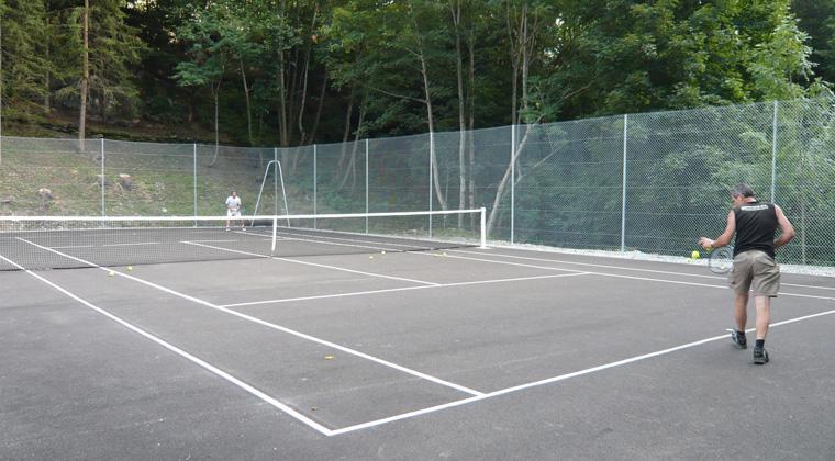 Vacances en montagne Résidence les Edelweiss - Champagny-en-Vanoise - Tennis