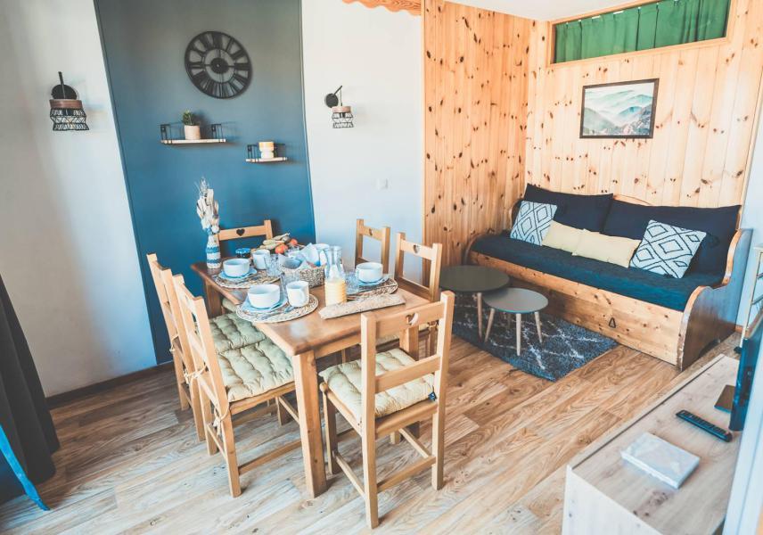 Vacaciones en montaña Apartamento cabina 2 piezas para 6 personas (811) - Résidence les Eglantines - Les Orres - Mesa