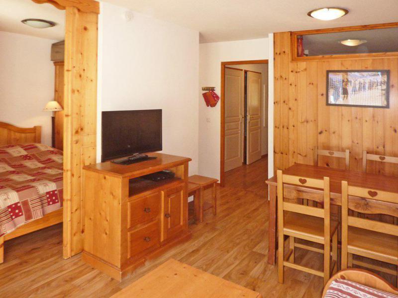 Vacaciones en montaña Apartamento cabina 2 piezas para 6 personas (814) - Résidence les Eglantines - Les Orres - TV