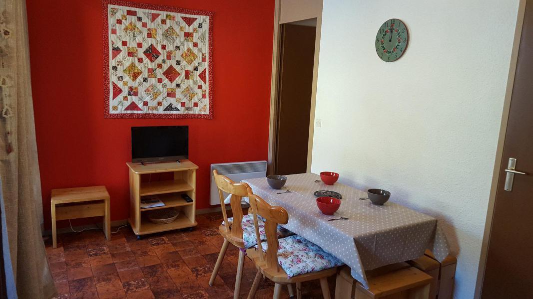 Wakacje w górach Studio kabina 4 osoby (70) - Résidence Les Fleurs - Aussois - Pokój gościnny