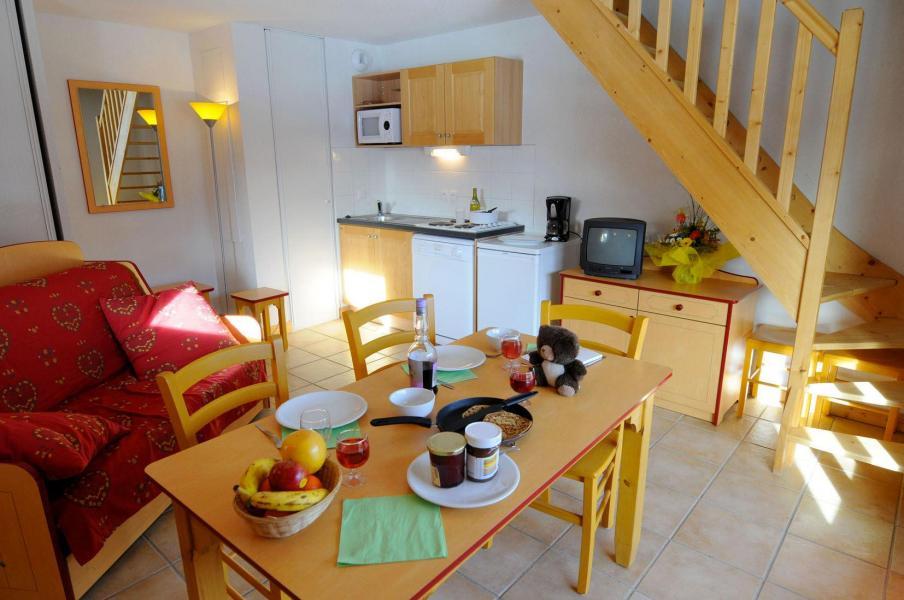 Vacances en montagne Appartement duplex 2 pièces 6 personnes - Residence Les Flocons D'argent - Aussois - Coin repas