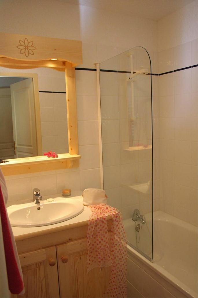 Holiday in mountain resort Résidence les Flocons d'Argent - Aussois - Bathroom