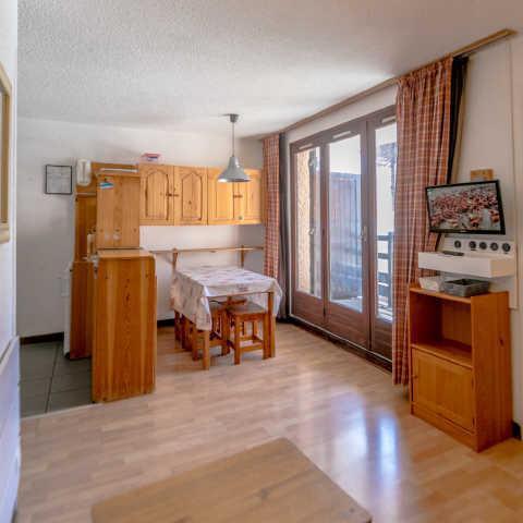 Vacaciones en montaña Apartamento cabina para 4 personas (294) - Résidence les Florins II - Risoul - Comedor