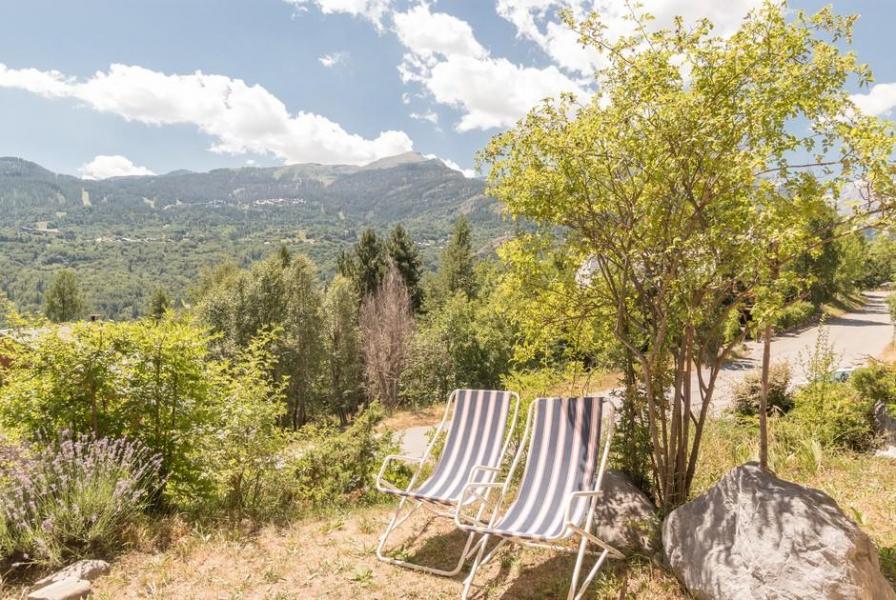 Location au ski Studio 4 personnes (03) - Residence Les Gentianes - Pelvoux - Extérieur été