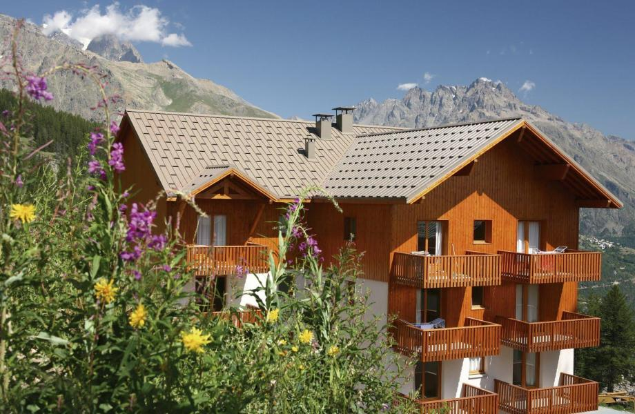 Location au ski Résidence les Gentianes - Puy-Saint-Vincent - Extérieur été