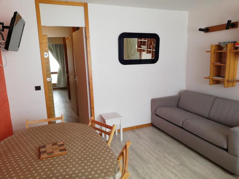 Vacaciones en montaña Apartamento 2 piezas para 6 personas (F18) - Résidence les Gentianes - La Plagne