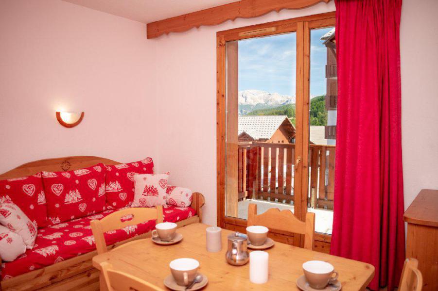 Vacances en montagne Résidence Les Gentianes - Puy-Saint-Vincent