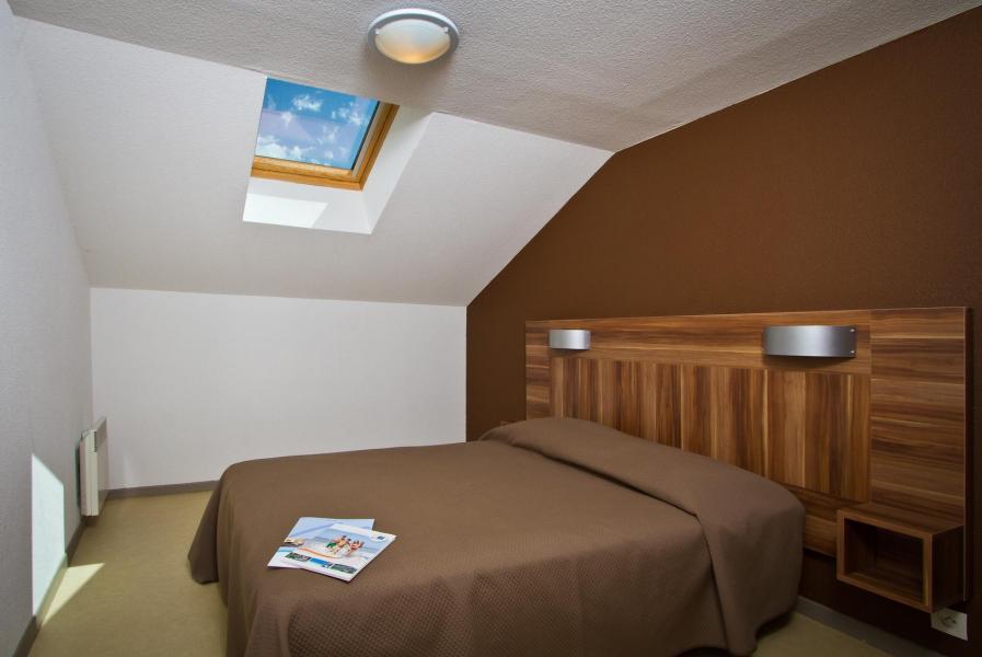 Vacances en montagne Résidence les Gentianes - Gresse en Vercors - Chambre mansardée