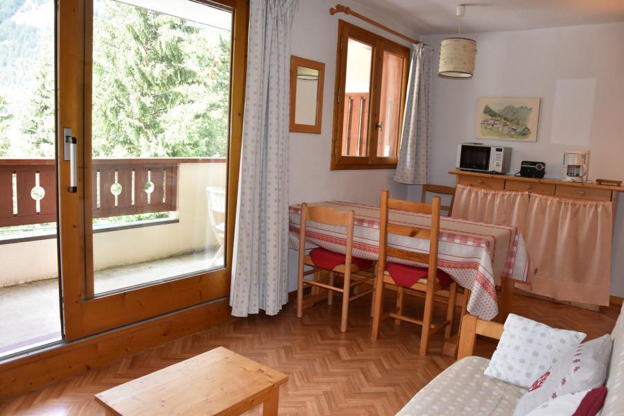 Vacaciones en montaña Apartamento 3 piezas para 4 personas (B3) - Résidence les Glaciers - Pralognan-la-Vanoise - Mesa