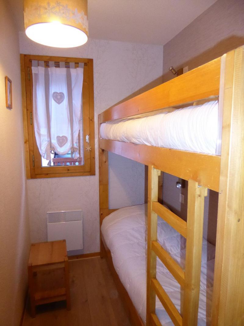 Vacaciones en montaña Apartamento 3 piezas para 6 personas (B6) - Résidence les Glaciers - Pralognan-la-Vanoise - Camas superpuestas