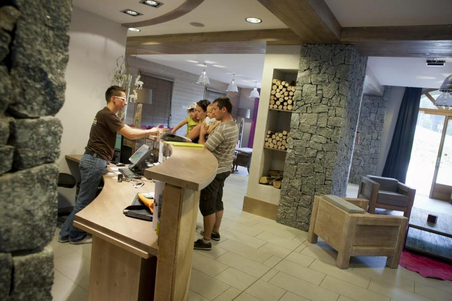 Vakantie in de bergen Résidence les Grandes Feignes - La Bresse - Receptie