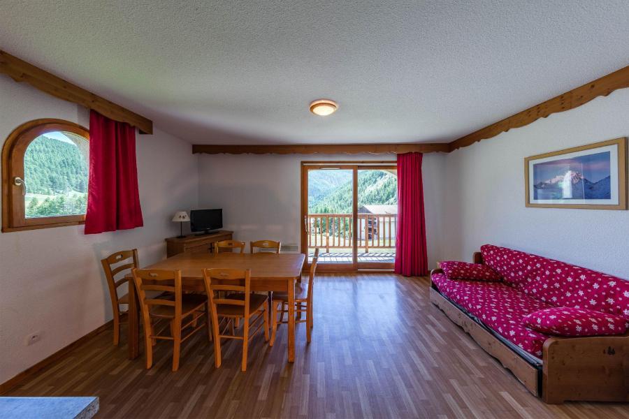 Vacances en montagne Résidence les Granges d'Arvieux - Arvieux en Queyras - Coin séjour