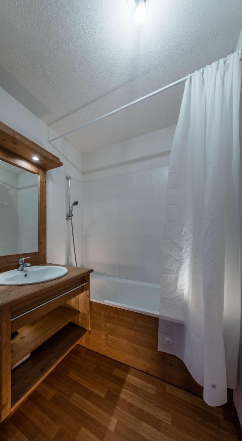 Vacances en montagne Résidence les Granges d'Arvieux - Arvieux en Queyras - Salle de bains