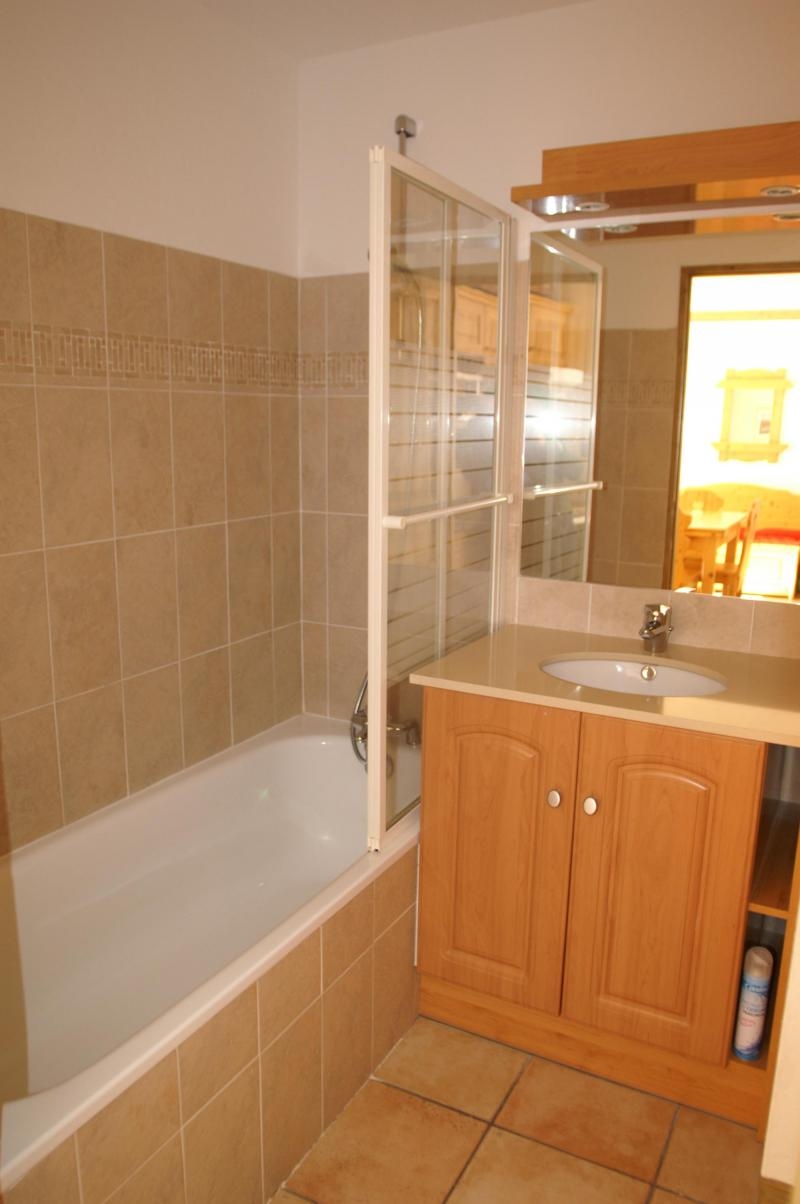 Vakantie in de bergen Appartement 2 kamers 4 personen - Résidence les Granges des 7 Laux - Les 7 Laux - Badkamer