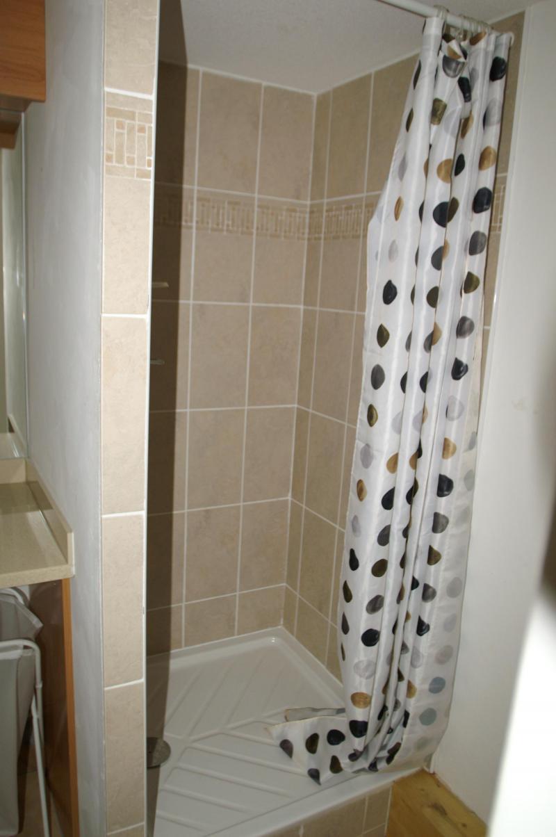 Vacances en montagne Appartement duplex 3 pièces cabine 10 personnes - Résidence les Granges des 7 Laux - Les 7 Laux - Salle d'eau